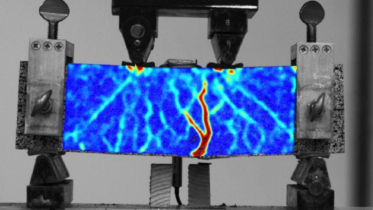 Una malla de polímeros impresa en 3D incrementa el refuerzo del hormigón